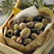 Mixed Pitted Country Olives